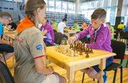 Встреча с мастером игры в шахматы. Турнир по большим шахматам «Я всегда играю по правилам»
