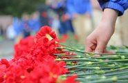 Торжественная церемония у Памятника славы воинам-освободителям на Сапуп-горе