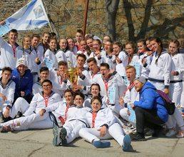 Артековцы «Лазурного» выиграли соревнования по морскому многоборью 3 смены