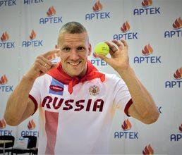 Владимир Каманцев: Невозможно только в хоккей без шайбы играть!