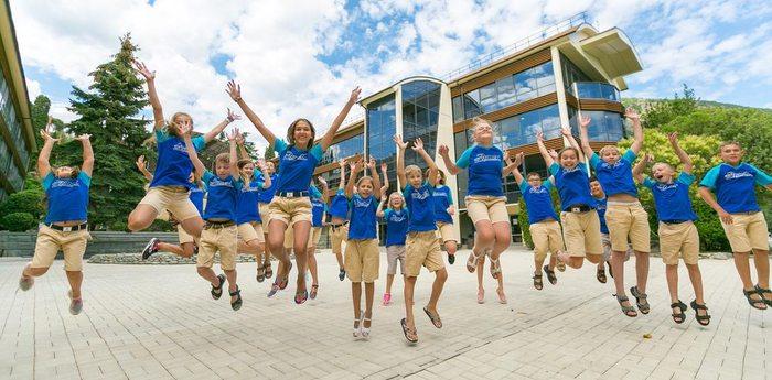 «Артек» поздравляет сотрудников органов следствия РФ с профессиональным праздником!