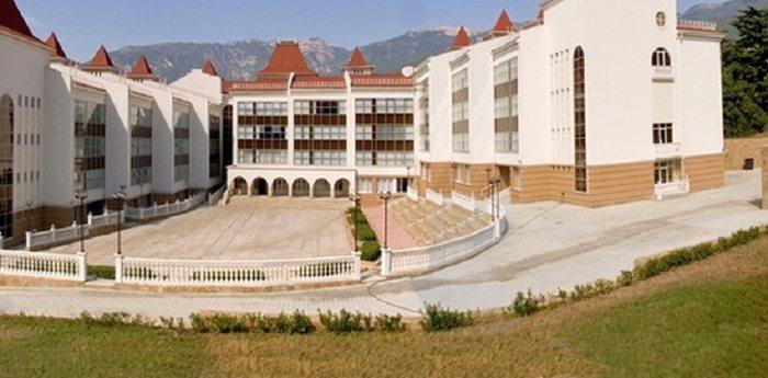 Школа «Артека» работает на дистанционном обучении