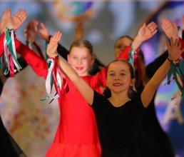 На фестивале музыки и танца артековцы познакомились с культурой разных стран