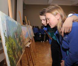 В «Суук-Су» проходит выставка картин «Мой чарующий Крым»