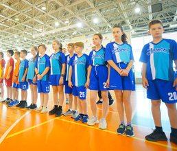 В «Артеке» прошли соревнования по артболу на Кубок героев-артековцев