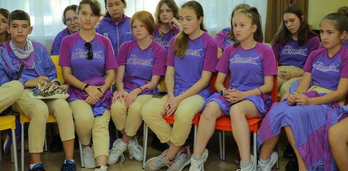 В детском центре стартовали мастер-классы артековского общества «Знание»