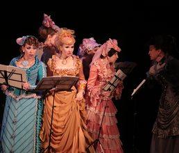 В канун Международного дня театра артековцы посетили театр Луначарского