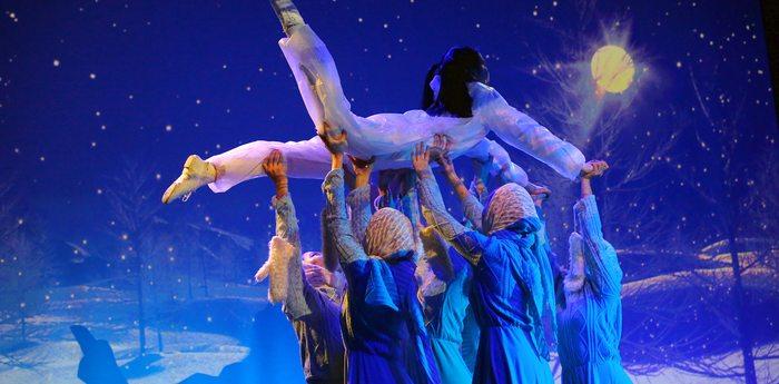 Сказки артековской зимы ожили на сцене «Суук-Су»