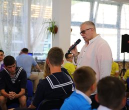 Чемпионат «Артек-Инсайт» провел мастер игры Алексей Блинов