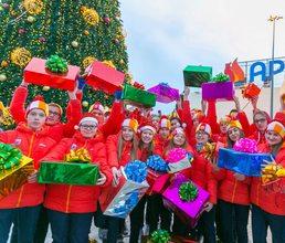 В «Артек» поступают новогодние поздравления из разных стран