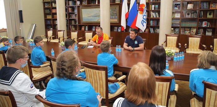 Губернатор ЯНАО Дмитрий Артюхов посетил «Артек»