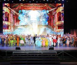 Инна Сухорецкая рассказала артековцам об особенностях роли в театре