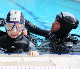 Артековцы ныряют с аквалангом и изучают экологию в рамках образовательной программы